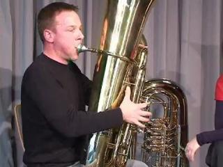 Die Tuba / ����